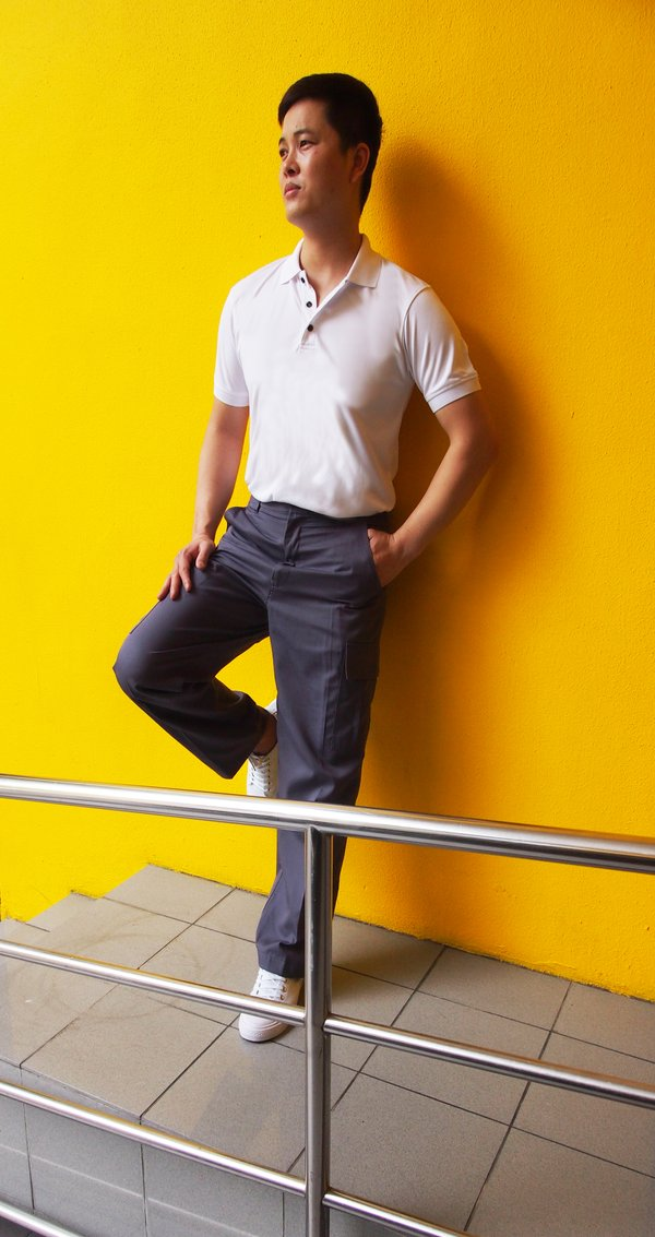 Men's Cargo Pants with Adjustable Flap at Side (FHB-1828)