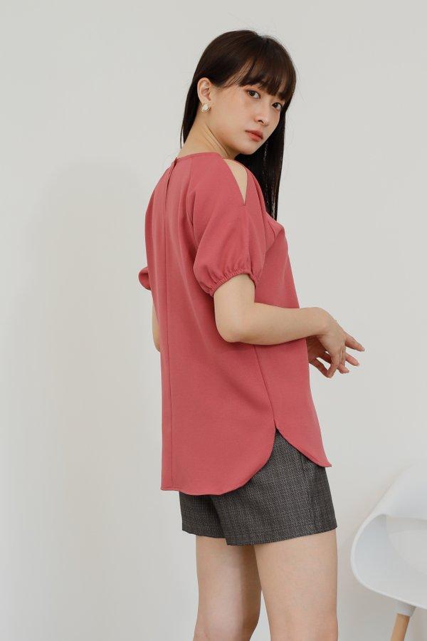 Bevlyn Cold Shoulder Blouse - Blush